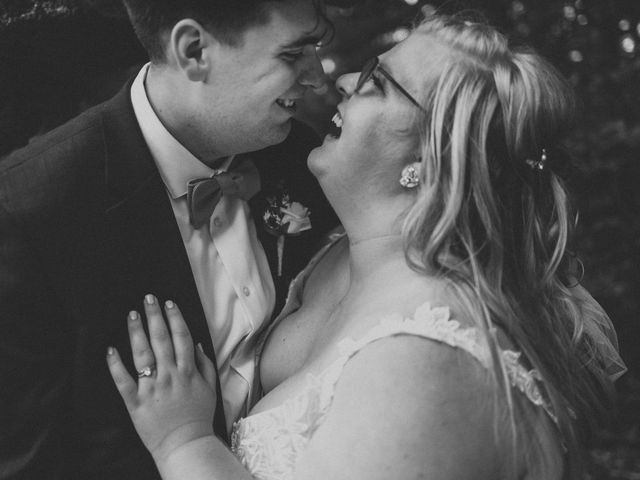Elizabeth and Jake's Wedding in Grand Rapids, Ohio 8