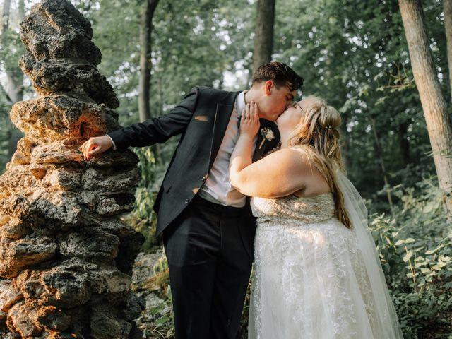 Elizabeth and Jake's Wedding in Grand Rapids, Ohio 9