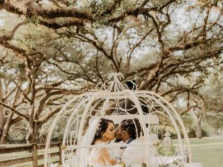The wedding of Vanessa and Deldron 2