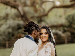 The wedding of Vanessa and Deldron 3