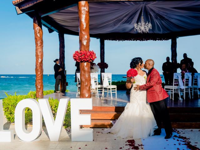 Willie and Tawanda's Wedding in Playa del Carmen, Mexico 142