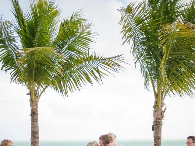 Nicole and Chris's Wedding in Islamorada, Florida 11
