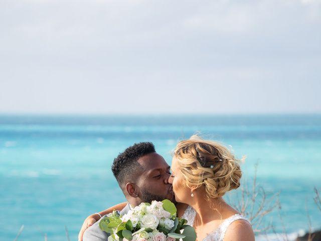 Carlos and Renee's Wedding in Hamilton, Bermuda 10