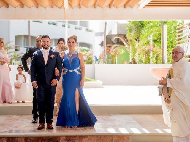 Alex and Maribel's Wedding in Cancun, Mexico 17