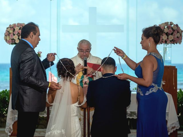 Alex and Maribel's Wedding in Cancun, Mexico 28
