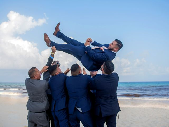 Alex and Maribel's Wedding in Cancun, Mexico 33