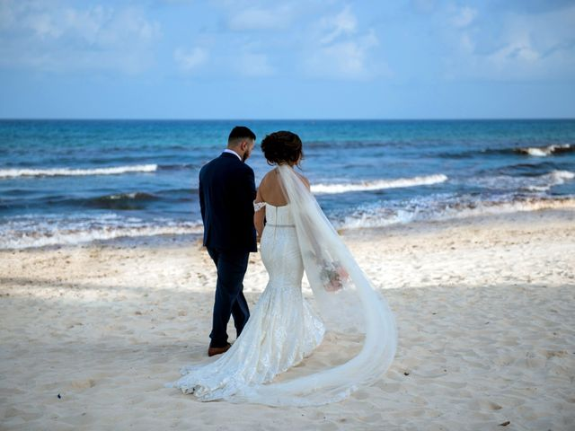 Alex and Maribel's Wedding in Cancun, Mexico 37