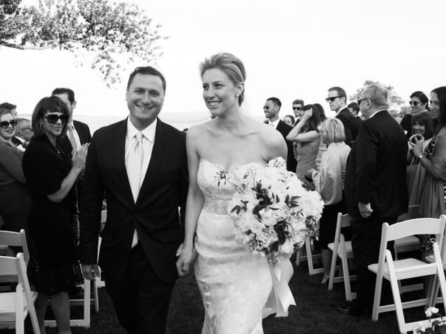 Meredith and Salomon's Wedding in Narragansett, Rhode Island 8