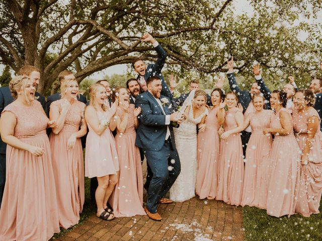 Connor and Abbey 's Wedding in Lakeville, Minnesota 3