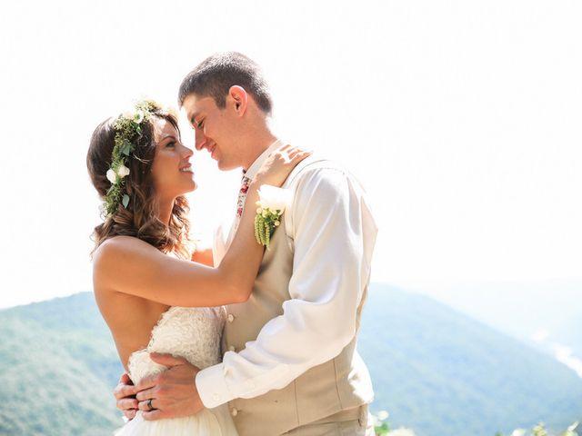 Chelsea and Andrew's wedding in West Virginia 8