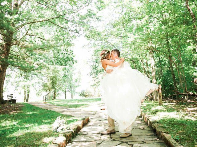 Chelsea and Andrew's wedding in West Virginia 10