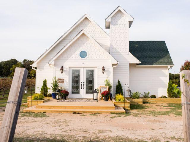 Jennifer and Carter's Wedding in Anadarko, Oklahoma 10