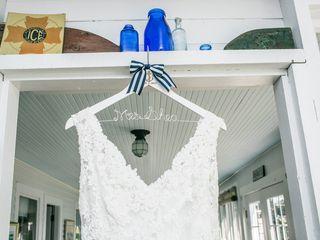 Heidi and Neil's Wedding in Peaks Island, Maine 3