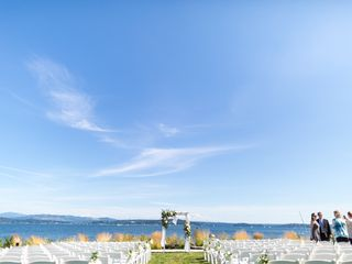 Shannon and Vincent's Wedding in Seattle, Washington 12