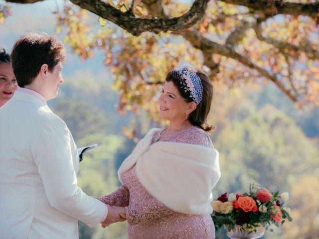 The wedding of Linda and Roxanna