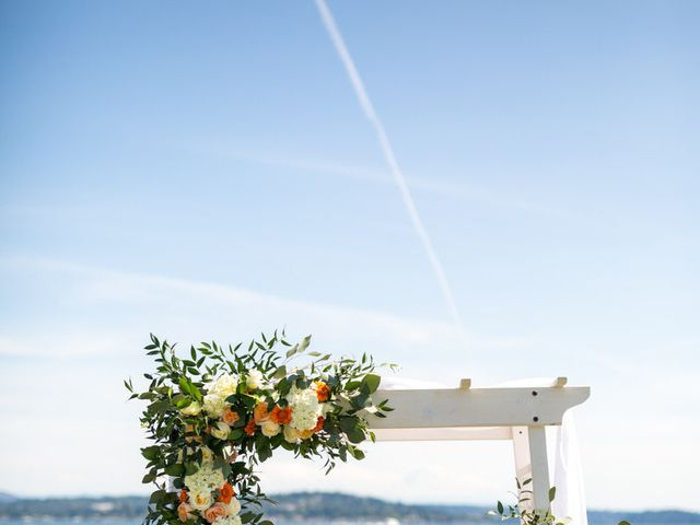 Shannon and Vincent's Wedding in Seattle, Washington 11