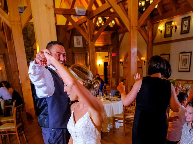 Chris and Hannah's Wedding in South Berwick, Maine 4