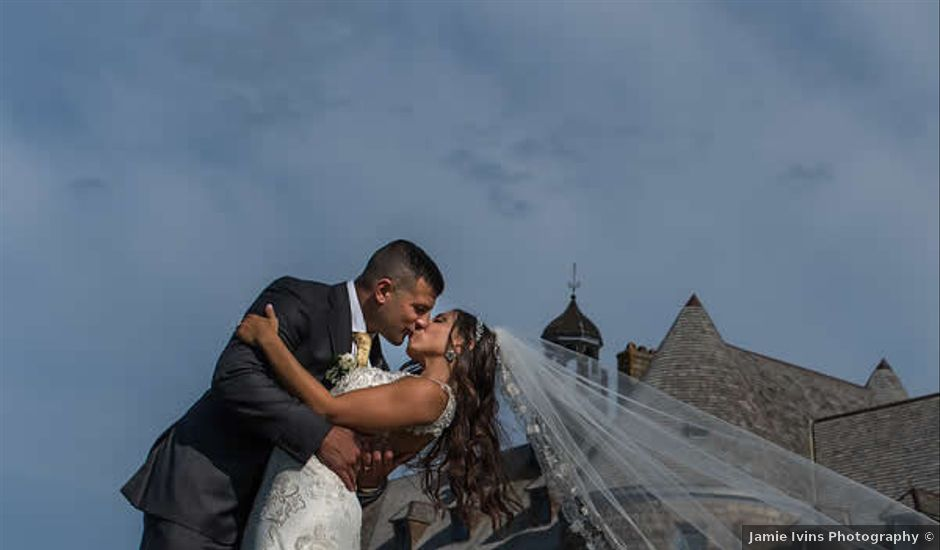 Brooke and Mark's Wedding in North Kingstown, Rhode Island