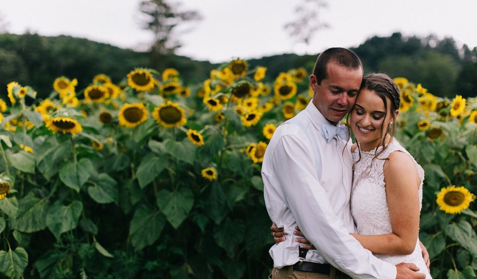 Bailey and Mariah 's Wedding in Fleetwood, North Carolina