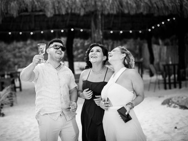 Arturo and Sara's Wedding in Tulum, Mexico 11