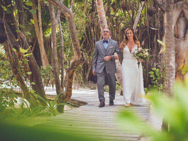 Arturo and Sara's Wedding in Tulum, Mexico 18