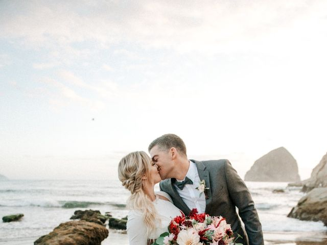 Patrick and Samantha's Wedding in Pacific City, Oregon 3