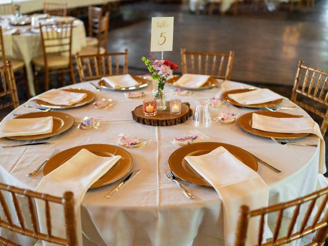 Devon and Maddy's Wedding in Rochester, Minnesota 11