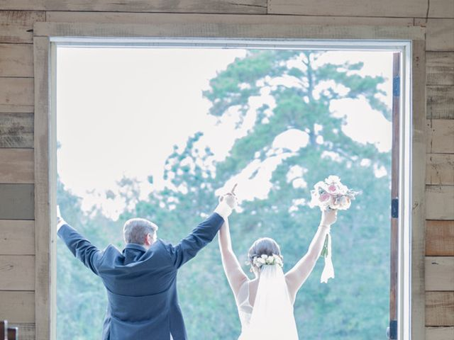 Miranda and Matthew's Wedding in Montgomery, Texas 15