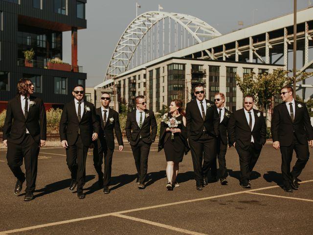 Garrett and Riley's Wedding in Portland, Oregon 6