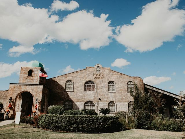 Dayna and Ryan's Wedding in Santa Fe, Texas 1