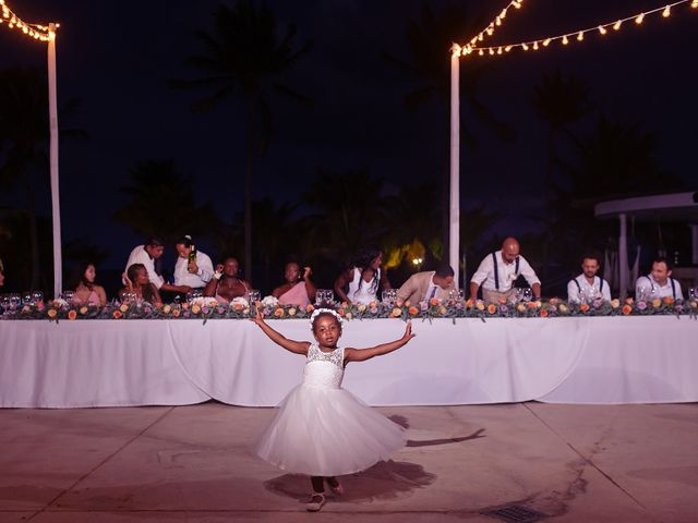 Paul and Laurene's Wedding in Cancun, Mexico 14