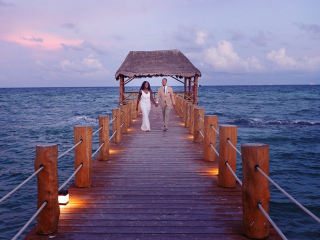 Paul and Laurene's Wedding in Cancun, Mexico 22