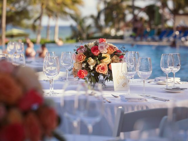 Paul and Laurene's Wedding in Cancun, Mexico 33