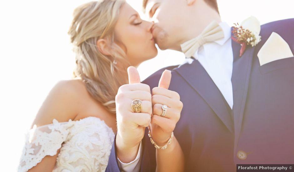 Dayna and Ryan's Wedding in Santa Fe, Texas