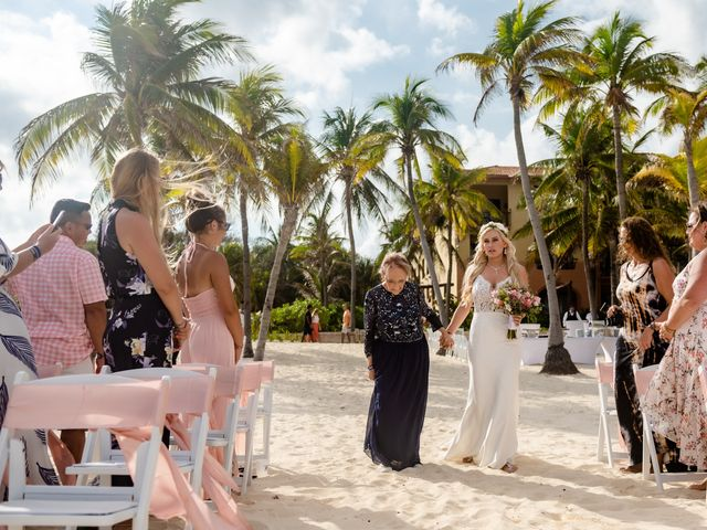 Brandon and Chloe's Wedding in Playa del Carmen, Mexico 16