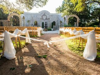 Lindsey and Darrell's Wedding in Austin, Texas 9