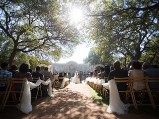 Lindsey and Darrell's Wedding in Austin, Texas 11