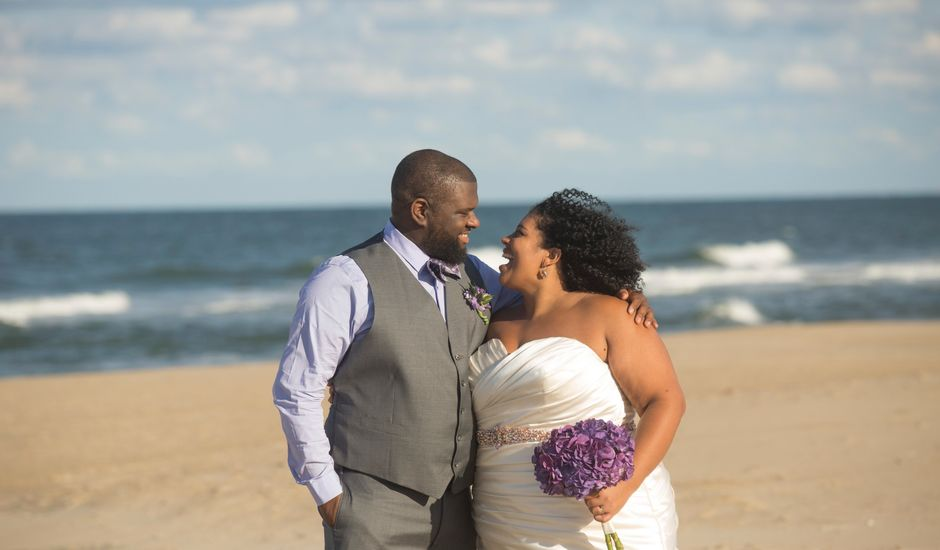 Thomas and Alicia Minter's Wedding in Virginia Beach, Virginia