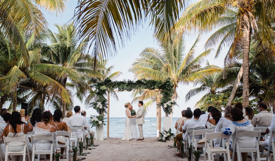 Hugo and Yaritza's Wedding in Playa del Carmen, Mexico