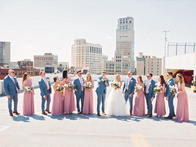 Kyle and Nicole's Wedding in Detroit, Michigan 17
