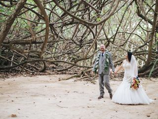 Jonathan and Mona's Wedding in Kaneohe, Hawaii 3