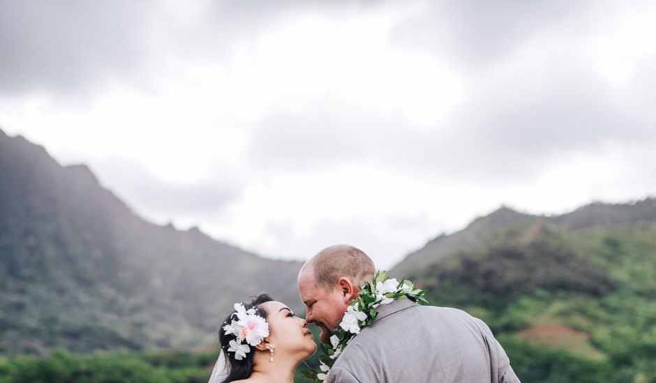 Jonathan and Mona's Wedding in Kaneohe, Hawaii