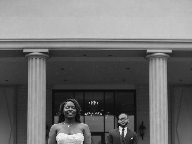 Kierra Savage and Robert's Wedding in Detroit, Michigan 9
