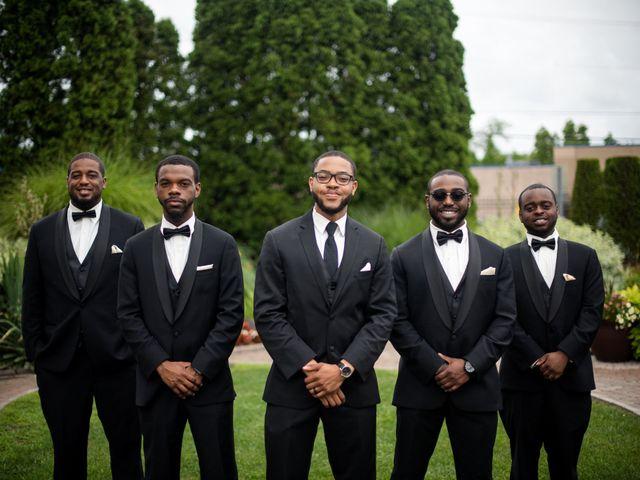 Kierra Savage and Robert's Wedding in Detroit, Michigan 10