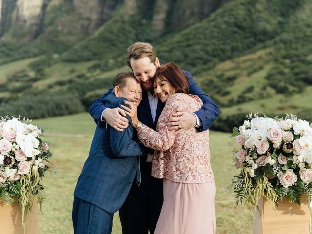 Zeke and Kimberley's Wedding in Kaneohe, Hawaii 17