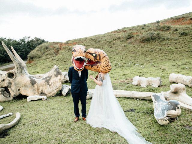 Zeke and Kimberley's Wedding in Kaneohe, Hawaii 20