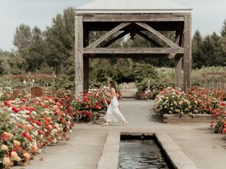 Joe and Brenna's Wedding in Silverton, Oregon 17