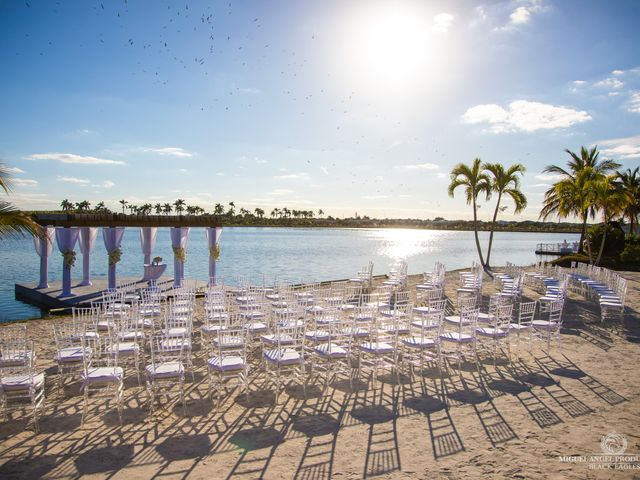 Luis and Rosy's Wedding in Miami, Florida 12