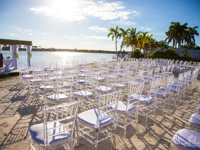 Luis and Rosy's Wedding in Miami, Florida 14