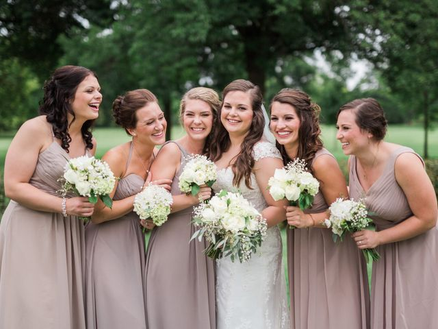 Stephanie and Robert's Wedding in Green Bay, Wisconsin 10